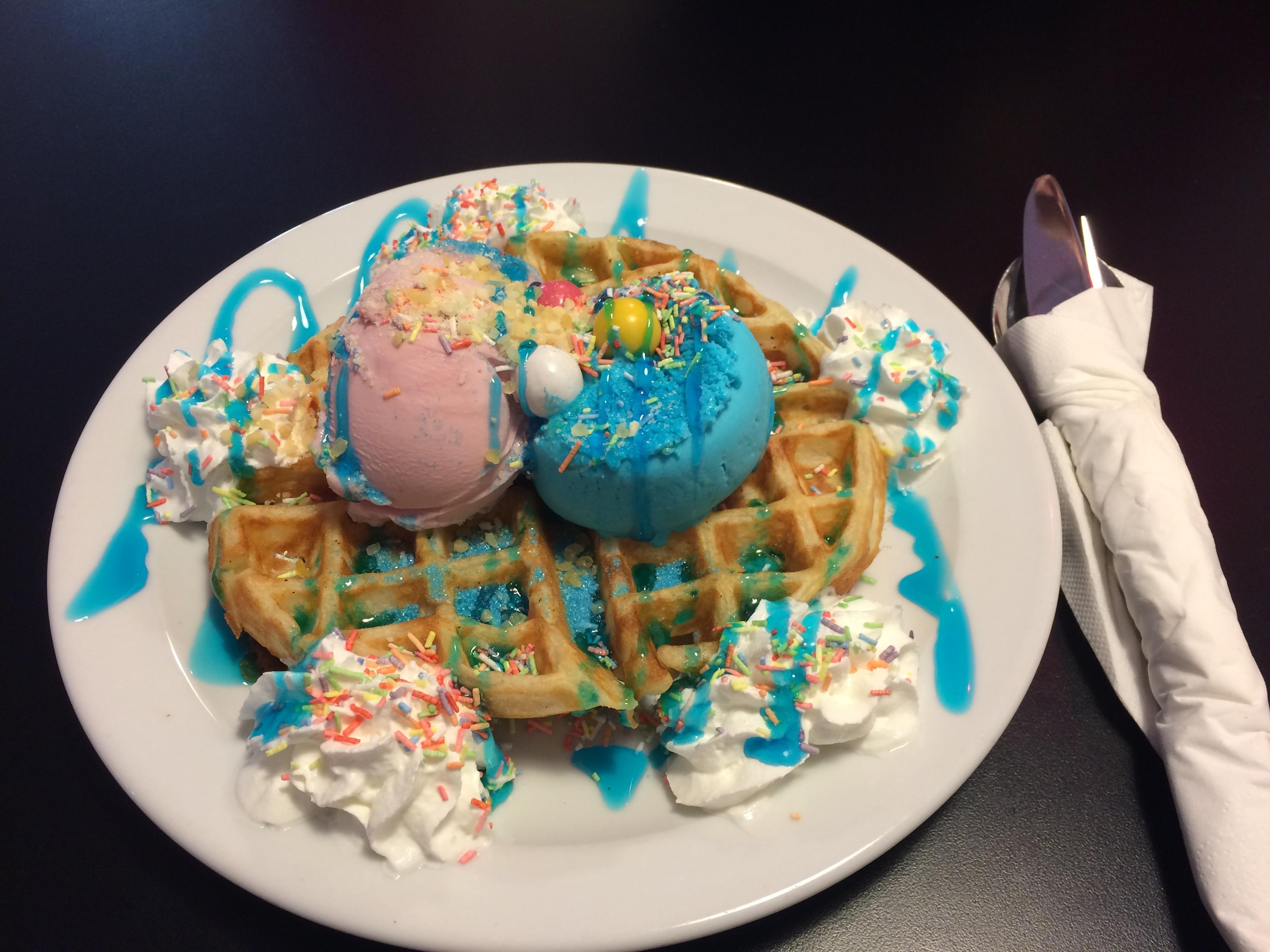 Frenchies Dessert Parlour 2015