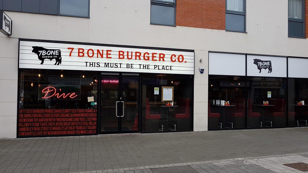 7Bone Burger Co 2017