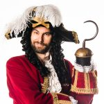 Hook(Marcus Churchill)