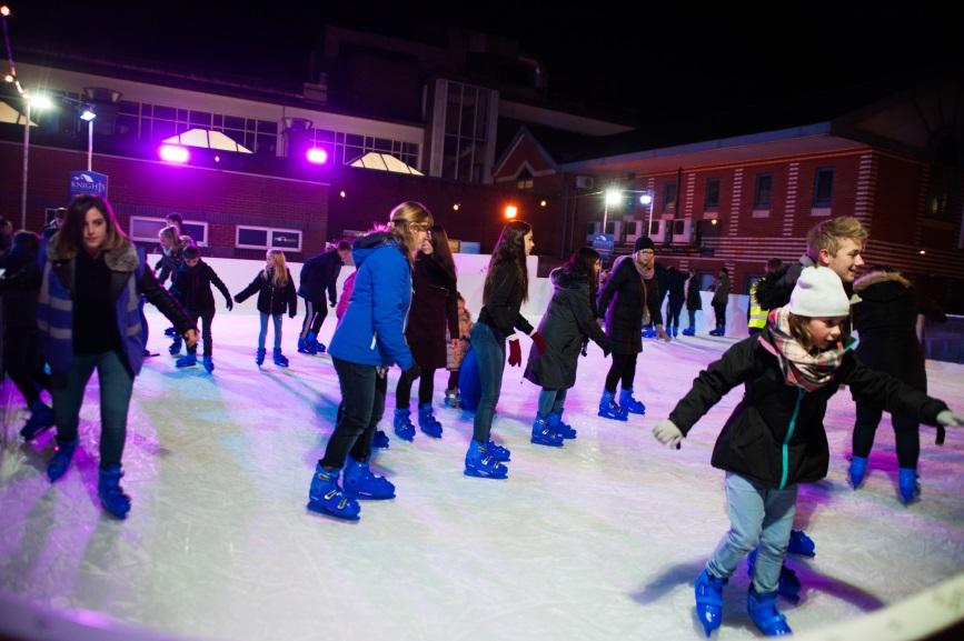 Ice Skate Camberley 2017